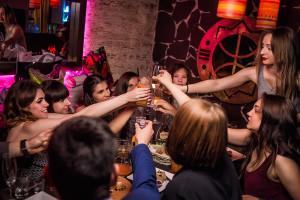 День рождения в ресторане Fiji Lounge Bar