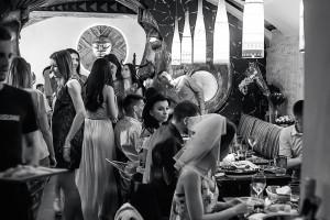 Караоке-веречинка в Fiji Lounge Bar