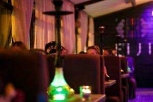 Дымный кальян в ресторане FIJI на Подоле